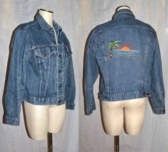 Vintage early 70's Levi's TRUCKER Jeans Jacket | D