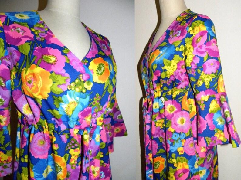 Vintage 1960s Floral Kaftan 60s MOD Flower MAXI House Dress  Psychedelic JEZEBEL California Vintage