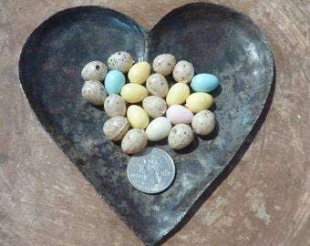 2153f64471a1 21 Miniature Eggs Plastic Craft Micro Egg Easter Basket Terrarium Diorama  Supply Decor Bird Nest Vintage ( 2695)