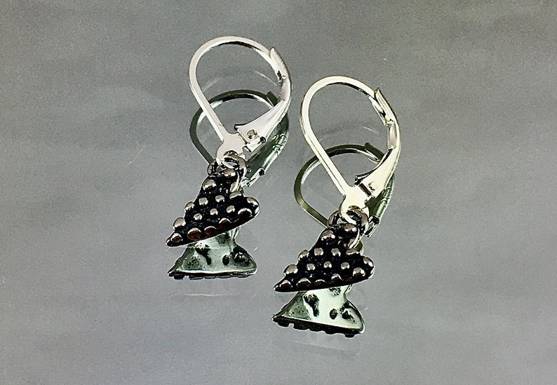 DOTTY HEARTS Sterling Silver Hearts Sterling Leverbacks image 0