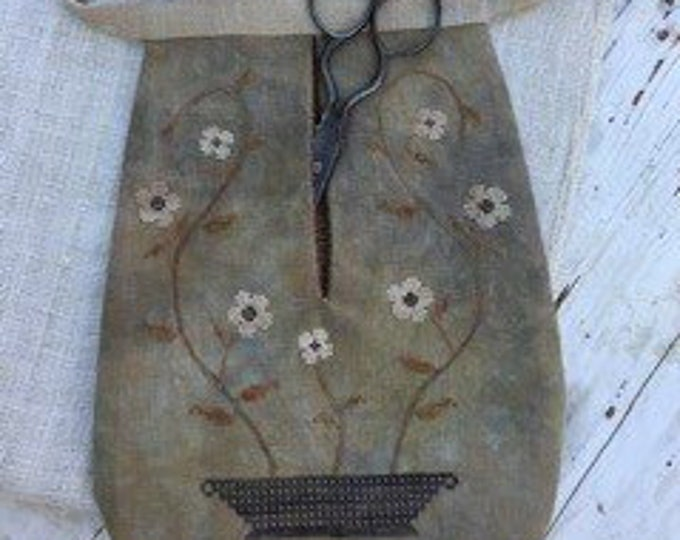 "Pattern: ""Vining Flowers Sewing Pocket"" - Cross Stitch  by Stacy Nash Primitives"