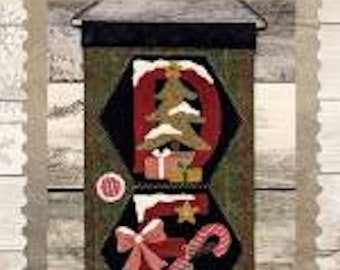 "Pattern: A Year of Hexi ""WORD"" Door Greeters - December ""DEC25"" by Buttermilk Basin"
