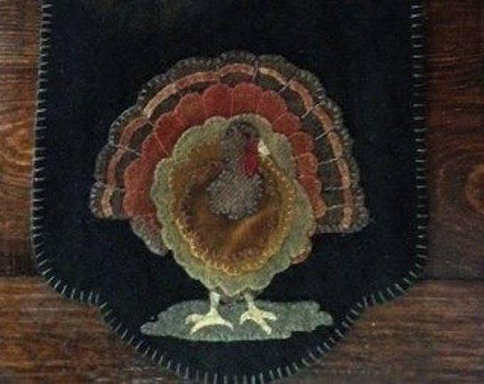 "Pattern: Wool Applique ""Thomas"" Table Mat Pattern by Cricket Street Wool"