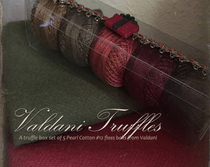 "Valdani Thread: Gift Set/5 Perle Cotton Embroidery Thread Balls - ""Prim Christmas"" Collection"