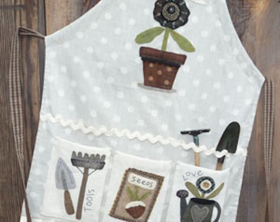 "Pattern: Apron Wool Applique ""How does your Garden Grow..."" by Heart to Hand"