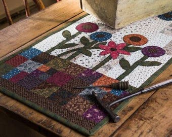 KIT & Pattern: Flower Patch Runner Quilt by Jill Shaulis for Kindred Spirits