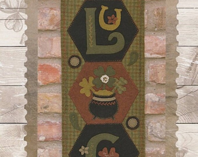 """Pattern: A Year of Hexi """"WORD"""" Door Greeters - March """"LUCK"""" by Buttermilk Basin"""