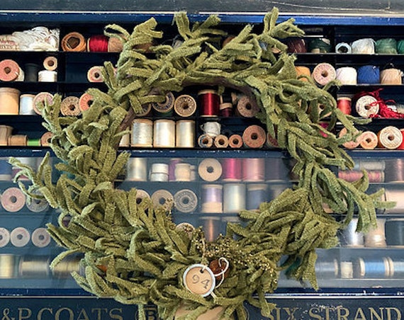"""Pattern: """"O' Wooly Farmhouse Wreath"""" by 1894 Cottonwood House"""