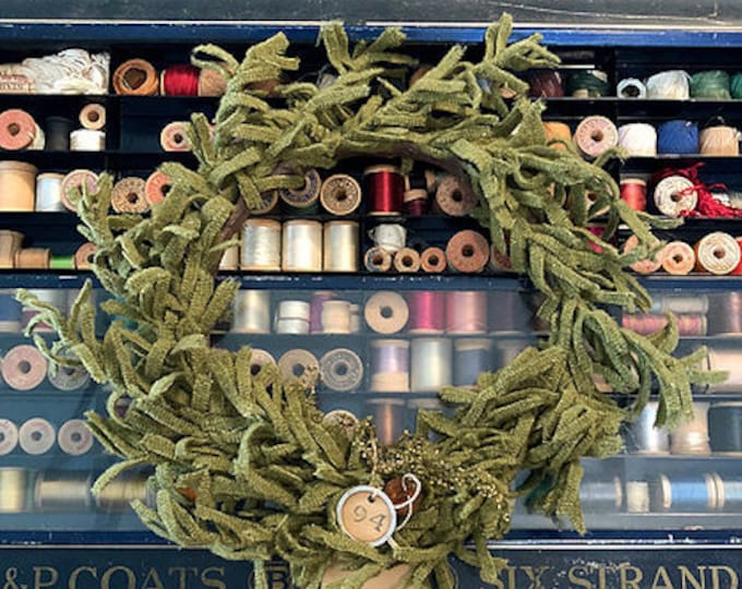 "Pattern: ""O' Wooly Farmhouse Wreath"" by 1894 Cottonwood House"