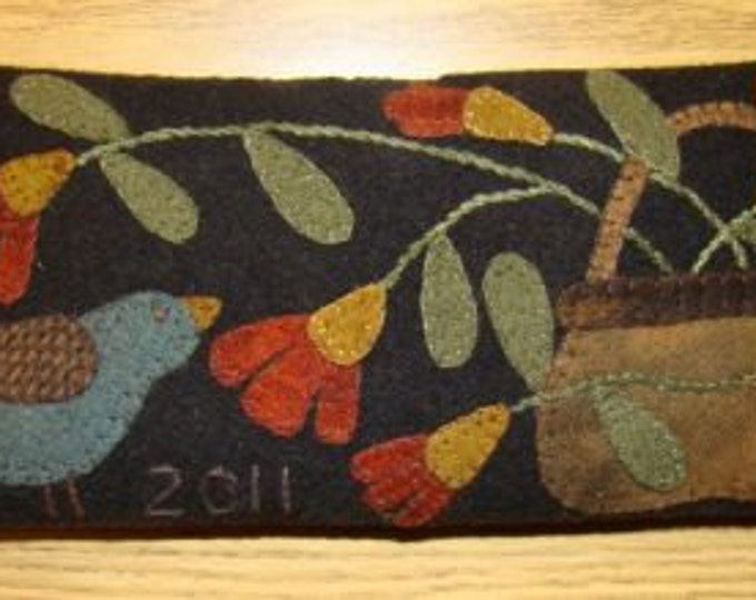 Wool Kit and Pattern: Bluebird Pincushion by Primitive Gatherings
