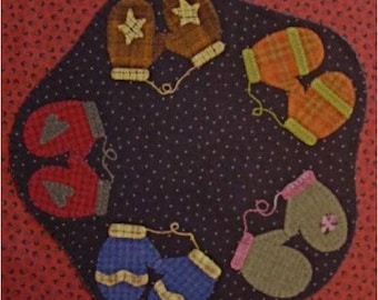 Pattern: Amy's Mittens by Primitive Gatherings
