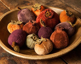 Pattern: Plums Pomegranates Persimmons Velvet Wool Pincushions Blackberry Primitives Designed by Kay Cloud