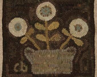 "Pattern: Primitive Rug Hooking Pattern - ""Basket of Flowers"" from Baskets of Wool"