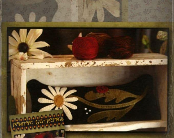 Pattern: Daisy Pincushion by Primitive Gatherings