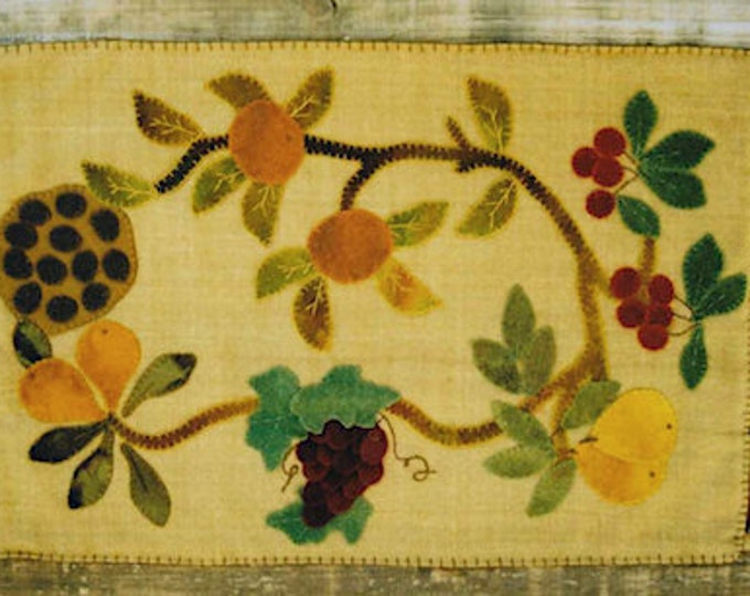 Pattern: Silk Bounty Penny Rug Wool Applique by Lake View Primitives
