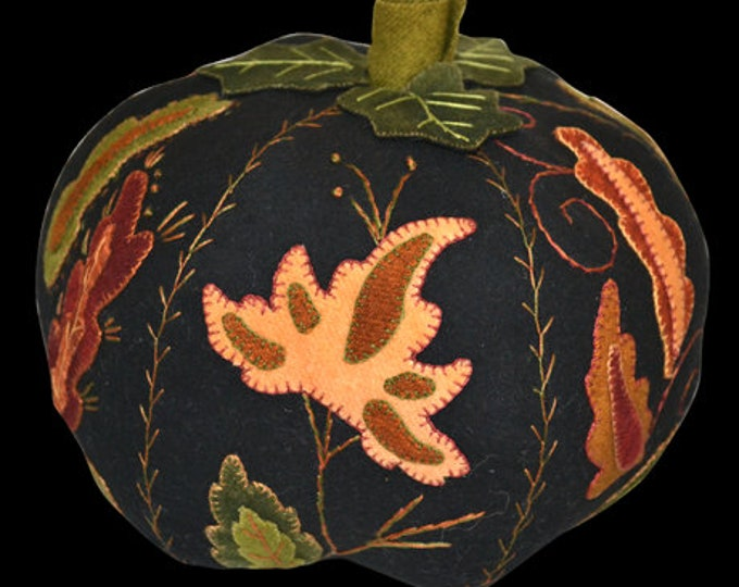 Pattern: Jacobean Pumpkin Wool Applique by Lake View Primitives
