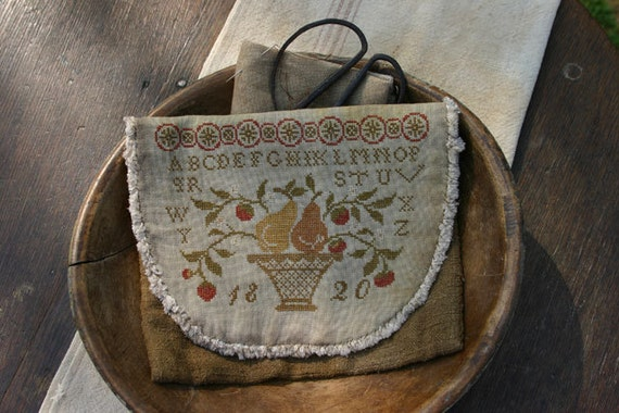 Pattern: Pears and Strawberries Sampler Sewing Bag by Stacy Nash Primitives
