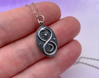Infinity necklace Sterling Silver Infinity Circle Snake Necklace