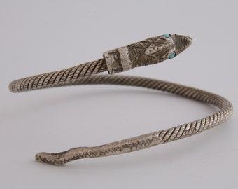 Antique sterling silver snake bypass bracelet cuff / Serpent bracelet / protection amulet / silver snake jewelry /snake bangle bracelet