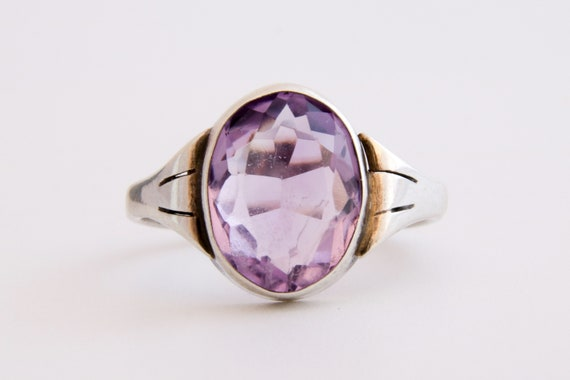Amethyst Gemstone Ring, Vintage Amethyst and Silve