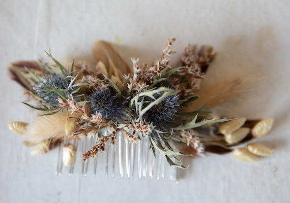 comb thistles or wedding style boho chic