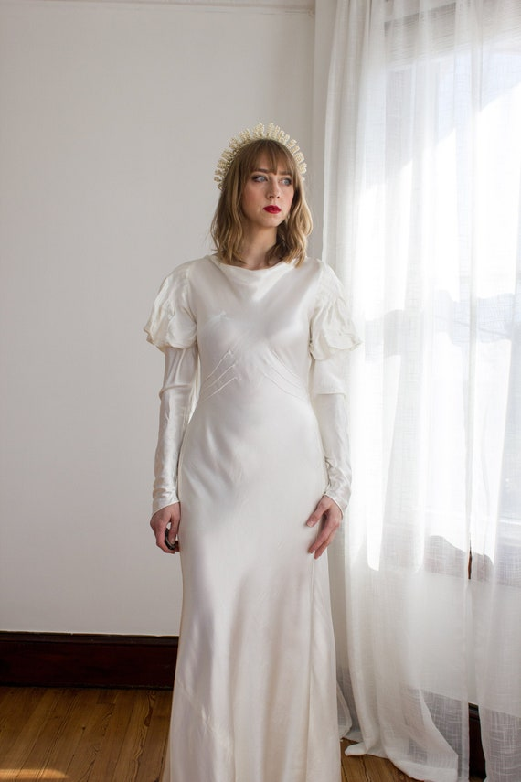1930's Satin Art Deco Wedding Gown / mutton sleeve