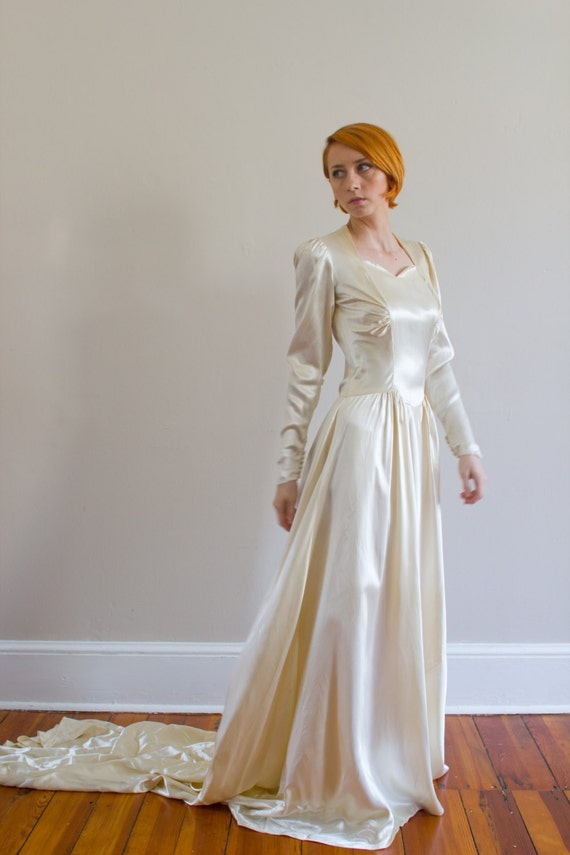 1930's Ivory Liquid Satin Wedding Gown/ Size Small
