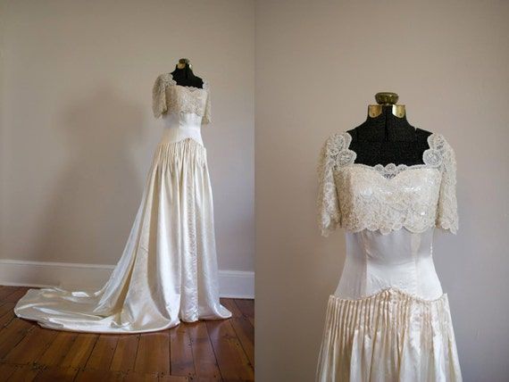 Couture 1940's Brussels Lace and Satin Wedding Gow