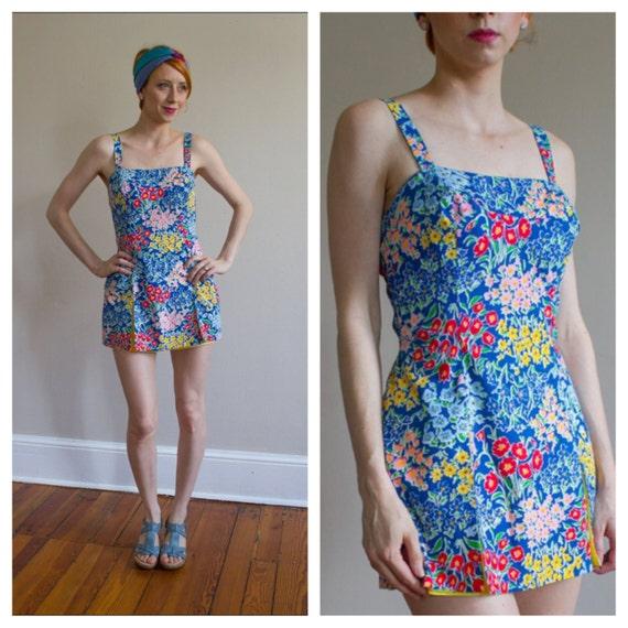 1960's Swimsuit / Playsuit / Size S M