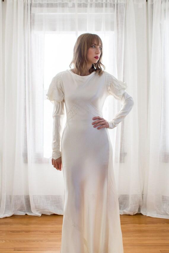 1930's Satin Art Deco Wedding Gown / mutton sleev… - image 3