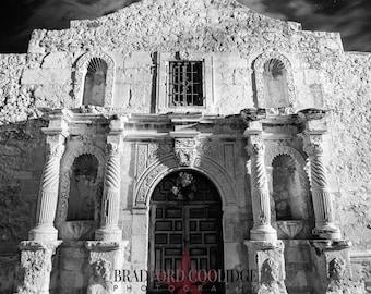 The Alamo (Black & White Matte Print)