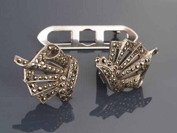Art Deco Duette clips, Art Deco dress clips, marca
