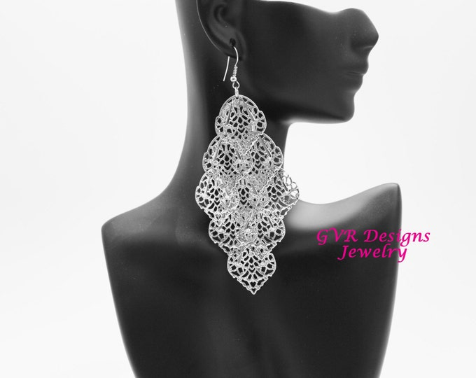 Silver Filigree Metal Fashion Earrings