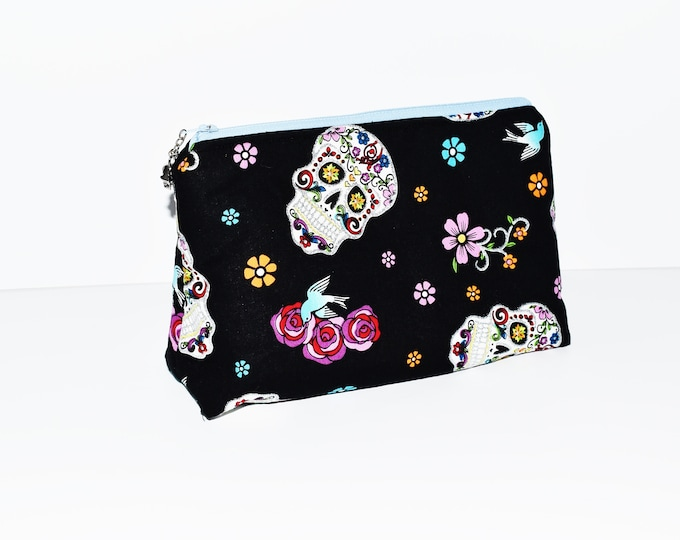 Cosmetic Bag ~ Sugar Skull Bag ~ Make-up Bag ~ Accessories ~ Gifts for Girls ~ Gifts for Women ~ Back to School