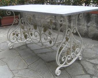 Tavolo in ferro battuto rettangolo volute e grappoli uva di decoro. GRATIS SPEDIZIONE