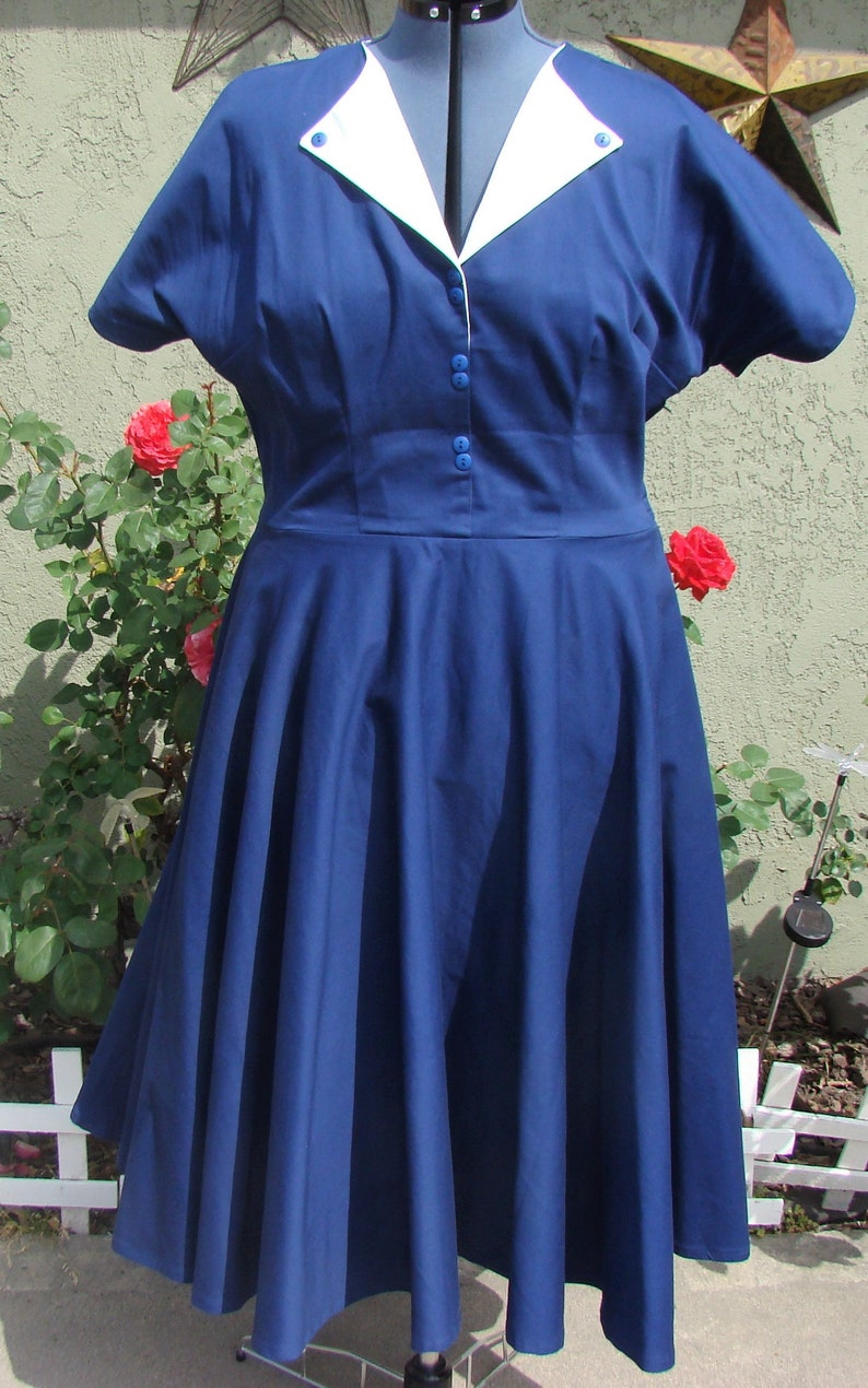 d4e258b76b3 Rhonda  1950s dress  Retro dress  Shirt dress  Circle skirt