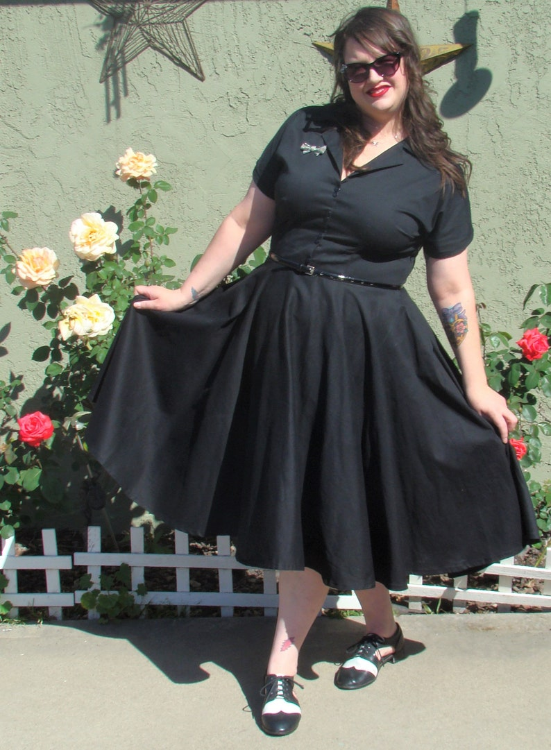 1950s Plus Size Fashion & Clothing History Ethel/ 1950s dress/ Retro style/ Collared dress/ Shirt dress/ Circle skirt with pockets/ Swing dress/ Made to Order $160.00 AT vintagedancer.com