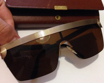 Beautiful Vintage Valentino Made In Italy Sunglasses