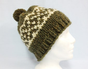 White Buffalo Wool Toque Hat Cap Cowichan Style Size M Handcrafted in  Canada Unisex Olive Green Winter Accessory e3a512f8fe3