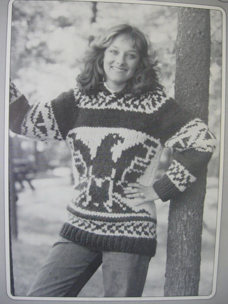 63ffd5206bb Cowichan Style Sweater Thunderbird Design White Buffalo Wool