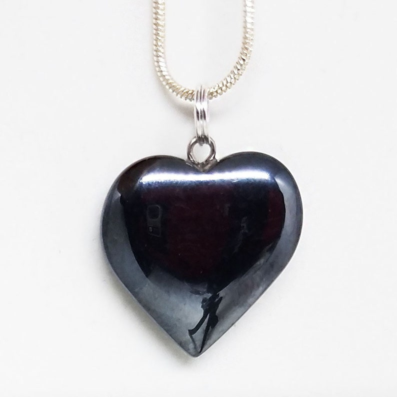 Hematite Healing Small Crystal Heart Pendant Necklace 0.79 image 0
