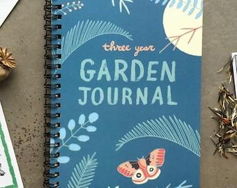 Garden Journal: Three Year Daily Planner Gardening Gift for Gardeners, Garden Book Garden Art Gift for Mom Gift Day Planner Gardener Gift