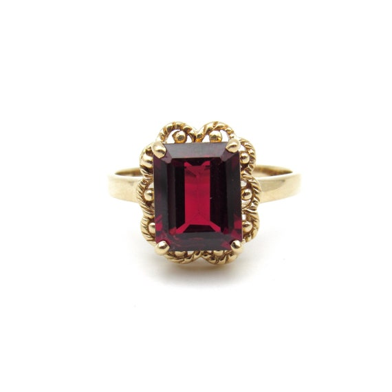 Vintage 9k Gold Garnet Ring   Yellow Gold Garnet … - image 1