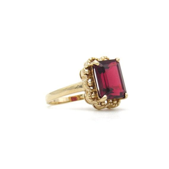 Vintage 9k Gold Garnet Ring   Yellow Gold Garnet … - image 3