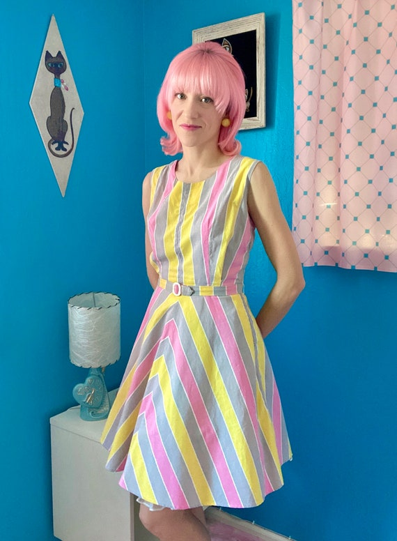 Vintage 1950s Pastel Striped Skater Cotton Sundres