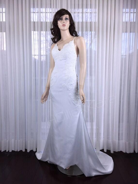 ceb6f4e928 Lace Appliques Wedding Dress Pure White Low Back Wedding