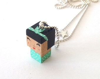 "Cubic figurine ""Pin-up"" Mint Green + Black bead chain necklace"