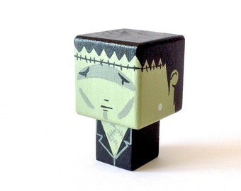 "Cubic figurine ""Creature of Frankenstein"" magnet"