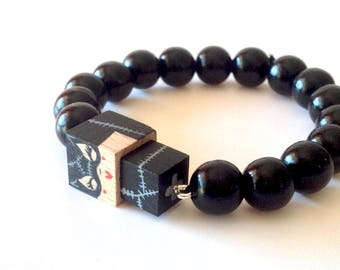 "Lacquered wood pearls Bracelet ""Catwoman"""