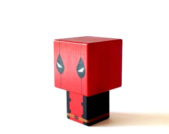 "Cubic superhero ""Deadpool"" decorative wooden cutout"